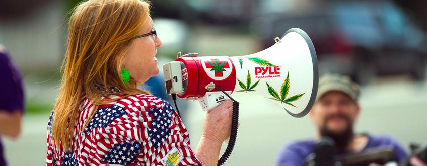 cannabis demonstration USA states legalized Trump