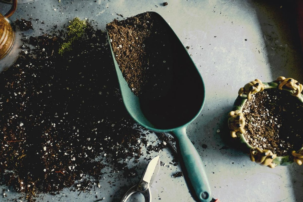 Create your own Soil Mix for Cannabis - RQS Blog